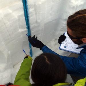 Identificazione degli strati nel manto nevoso durante il corso di neve e valanghe