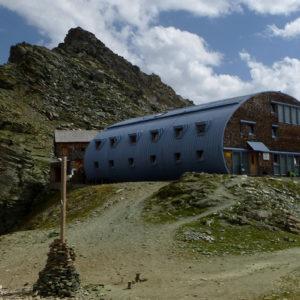 Lo splendido Studlhutte, base di appoggio per la salita del Grossglockner dal versante di Kals