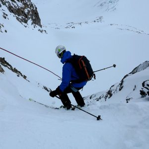 Sci alpinismo in Stubai, breve calata assicurata