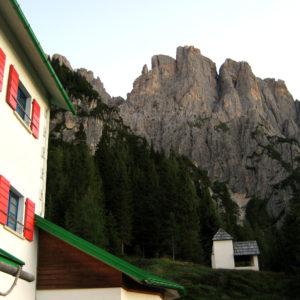 Dal Rifugio De Gasperi verso il Creton di Culzei nelle Dolomiti Pesarine