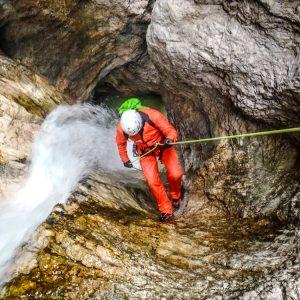 Canyoning nelle Prealpi Giulie lungo il rio Patoc in Val Fella
