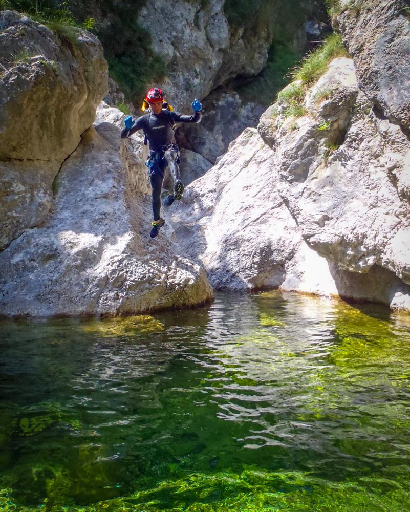 Canyoning nelle Prealpi Carniche lungo il rio Favarinis