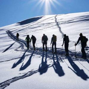 Il ritmo lento dello scialpinismo ci porta in posti da favola
