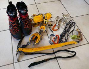 Alcuni materiali tecnici da non dimenticare per le nostre salite in alta montagna