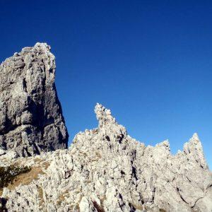 inMont_Alpinismo su Roccia_Spigolo Sernio_10