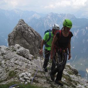 La fine delle difficoltà sopra il Belvedere lungo la Via di Dogna in Montasio