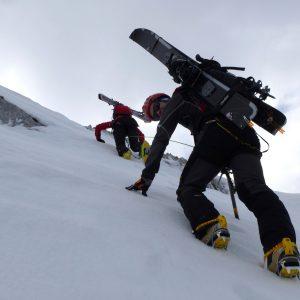 Salendo la cresta Ovest del Peralba