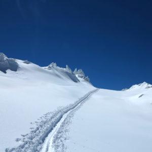Attraversando il ghiacciaio de Les Bosses