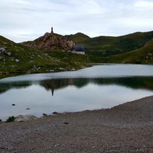 Il bellissimo lago Volaia