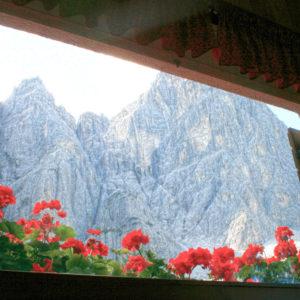 Alpi Giulie - Gola NordEst - Jof Fuart - dalla finestra del rifugio