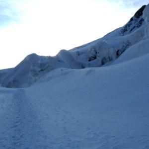 Traccia lungo il ghiacciaio del Morteratsch