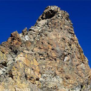 La Torre Saint Robert lungo la Cresta Est del Monviso