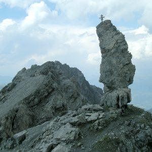 Caratteristico pinnacolo sulla cresta dell'Hintergrat