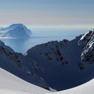 Montagne, mare, silenzio e luce